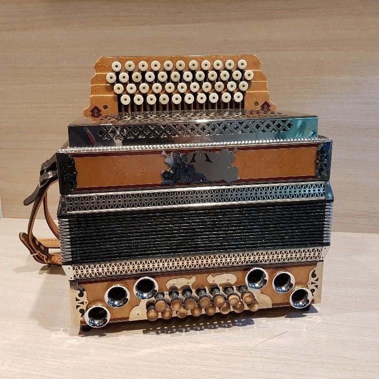 Almrausch steirische harmonica occasion G-C-F-B