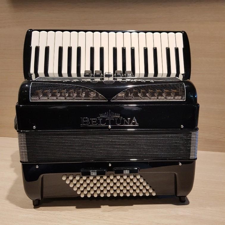 Beltuna Play III M Luxe Nero Demo accordeon
