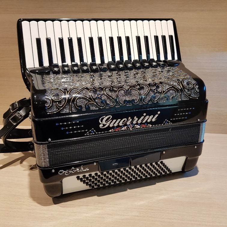Guerrini Oxford V 96 accordeon occasion