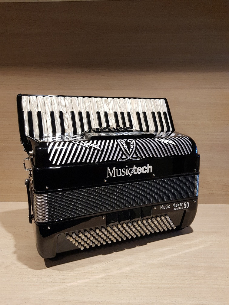Musictech Music Maker Digital 50 digitale accordeon demo