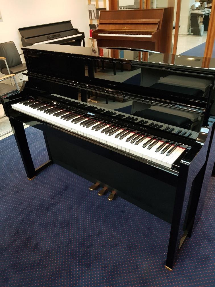 Roland LX17 PE occasion digitale piano zwart hoogglans