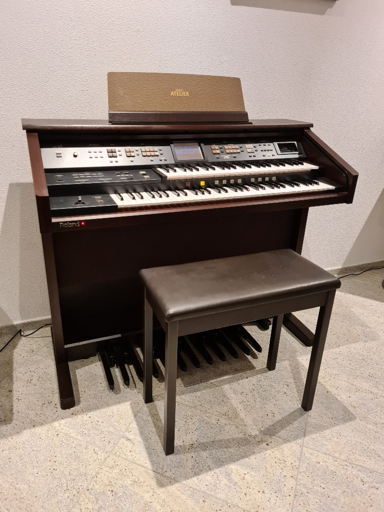 Roland AT-45 Atelier orgel occasion