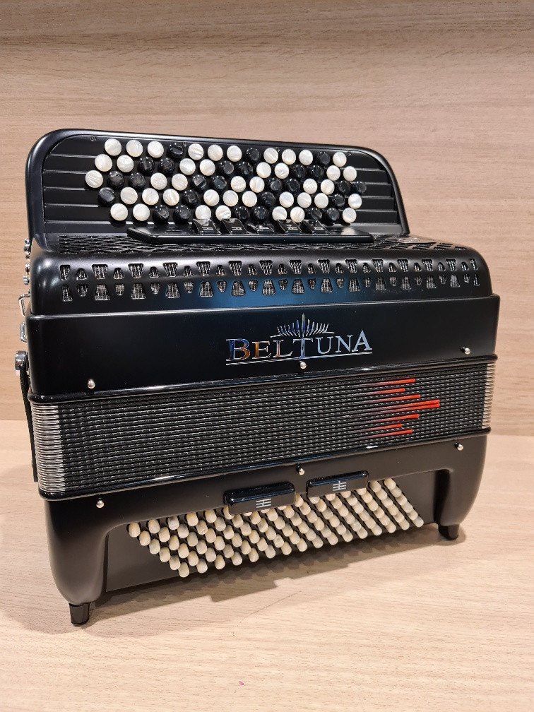 Beltuna Studio III 96 K M B-Griff accordeon (Black Matt)