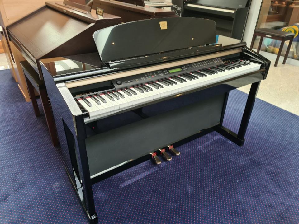 Yamaha CLP-170 PE zwart hoogglans occasion digitale piano