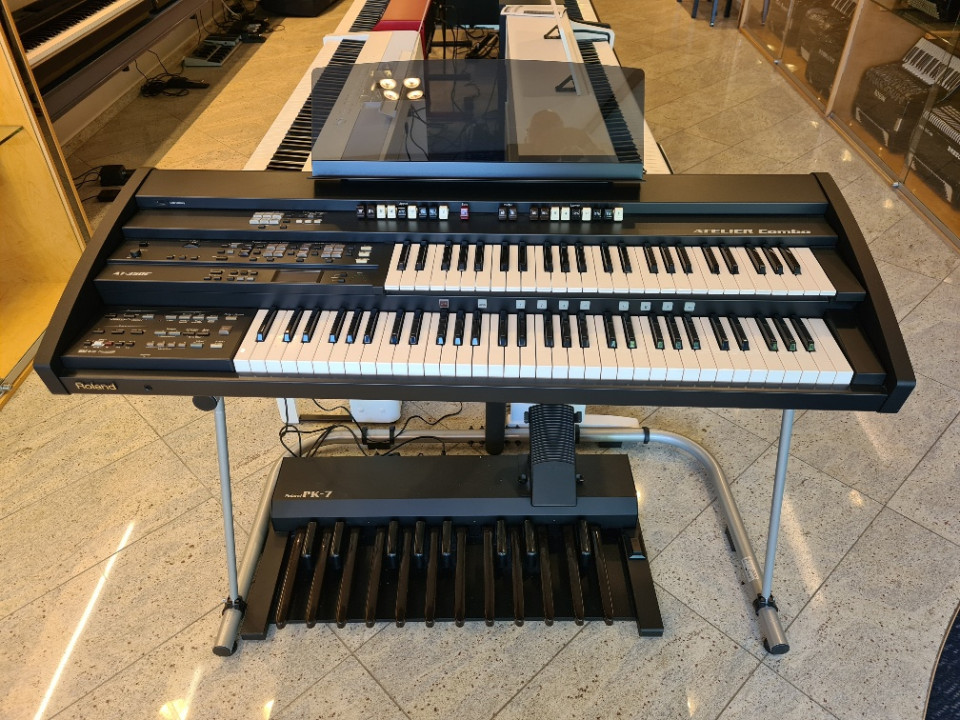 Roland AT-350C PK7 Atelier orgel Version 2 occasion