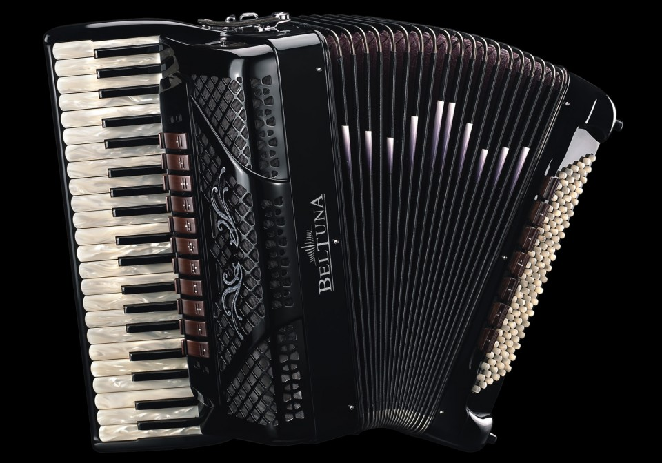 Beltuna Spirit IV 120 Classic Black accordeon