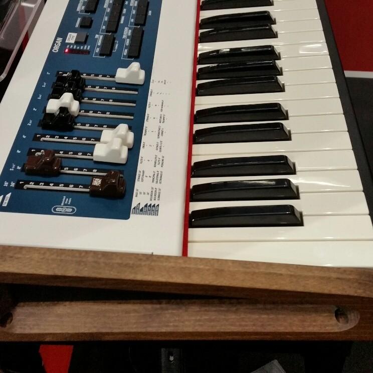 Dexibell Combo J7 Digital Organ Keyboard