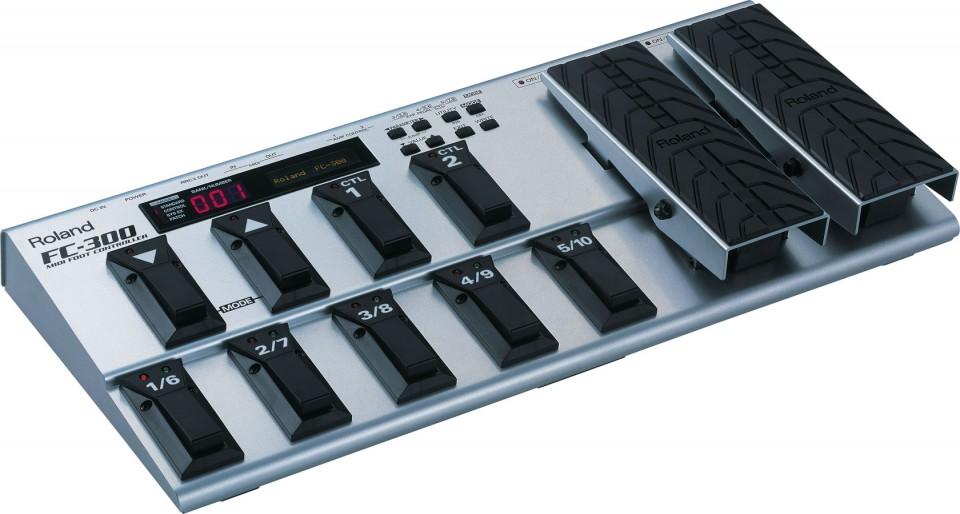 Roland FC-300 Foot Controller voor V-accordion FR-8X en FR-8XB