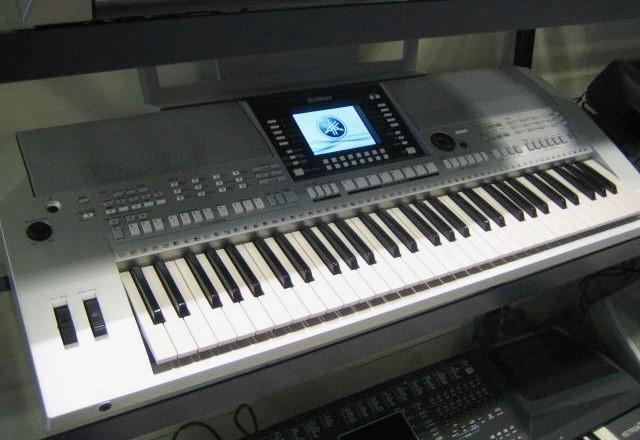 Yamaha PSR-S910 occasion