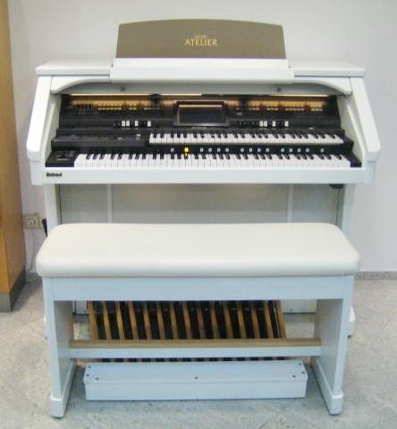 Roland AT-900 Atelier orgel White Platinum Edition