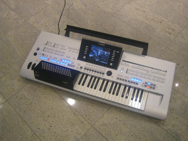Yamaha Tyros5 Accordeon 96bas Workstation Occasion