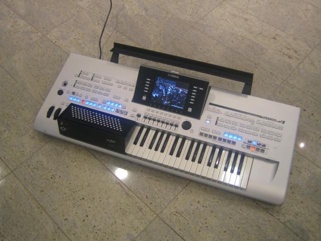 Yamaha Tyros5 Accordeon 96bas Workstation Occasion