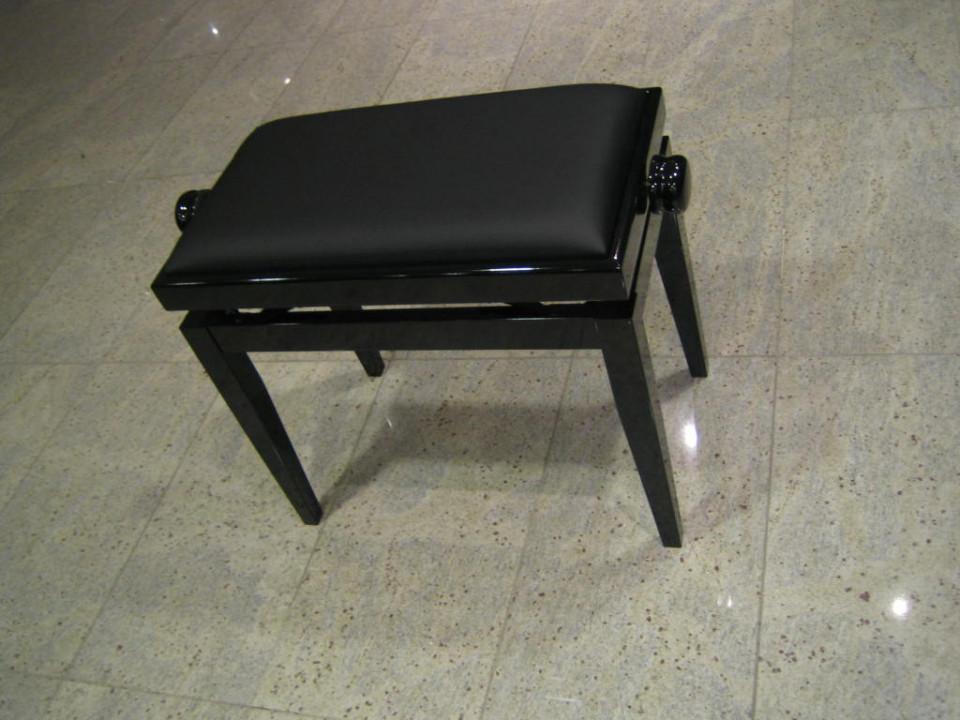 Discacciati 105 PE zwart hoogglans zwart skai