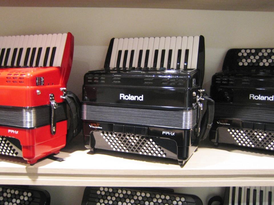 Roland FR-1X BK Demo/B-stock (A-klasse)