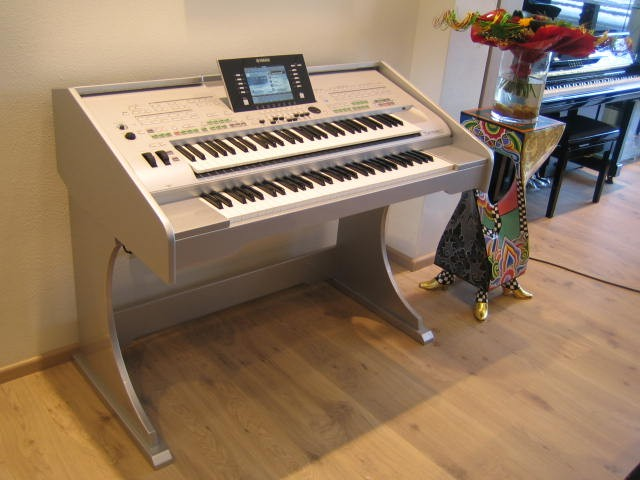 Yamaha Tyros3Twin Silver Occasion