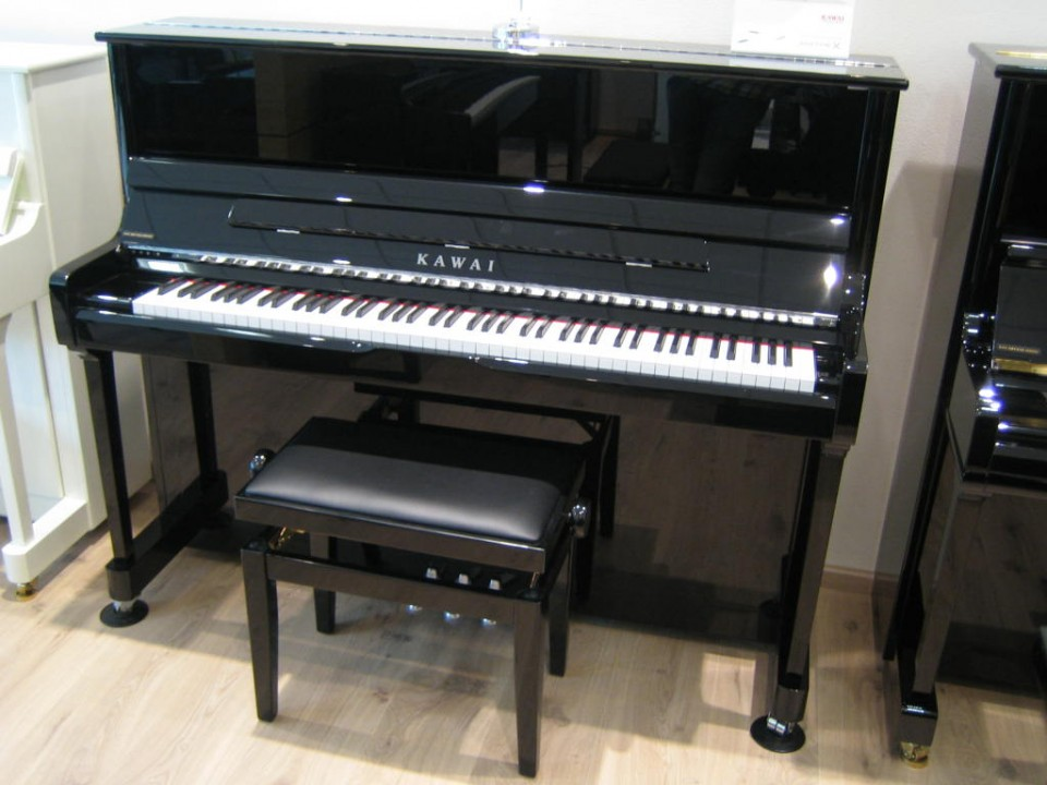 Kawai K-3 E/P Silver Line Demo/Showroom-model