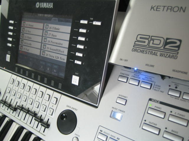 Ketron SD2 incl. SoundPatch voor Tyros5