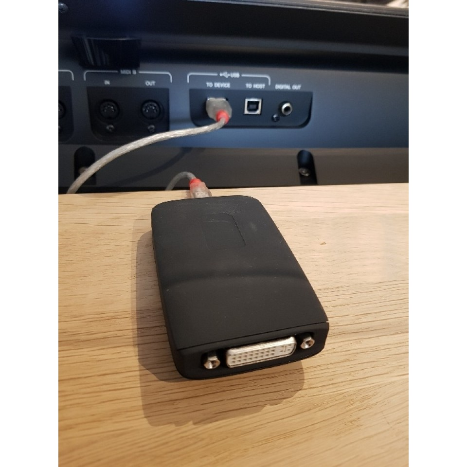 USB Display Adapter DVI voor Yamaha Genos