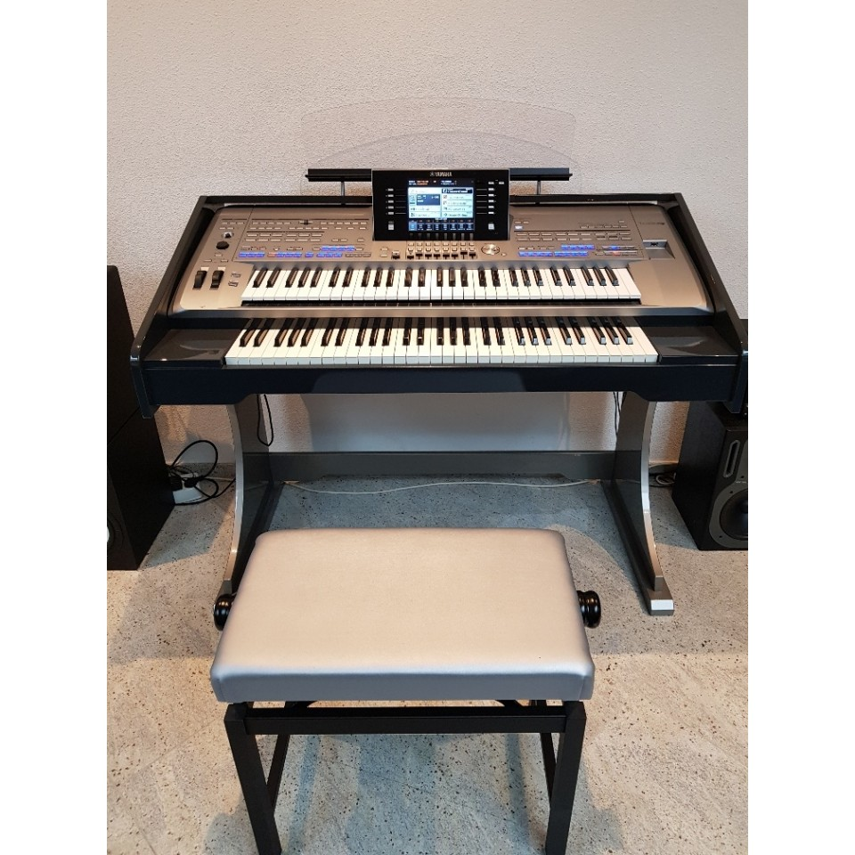 Yamaha Tyros5-61 Twin Two-tone Occasion