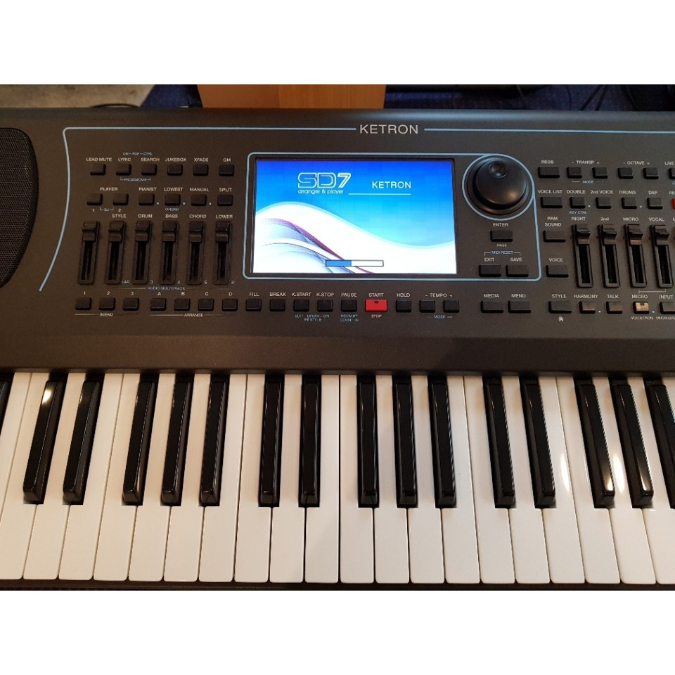 Ketron SD7 Arranger Keyboard Occasion