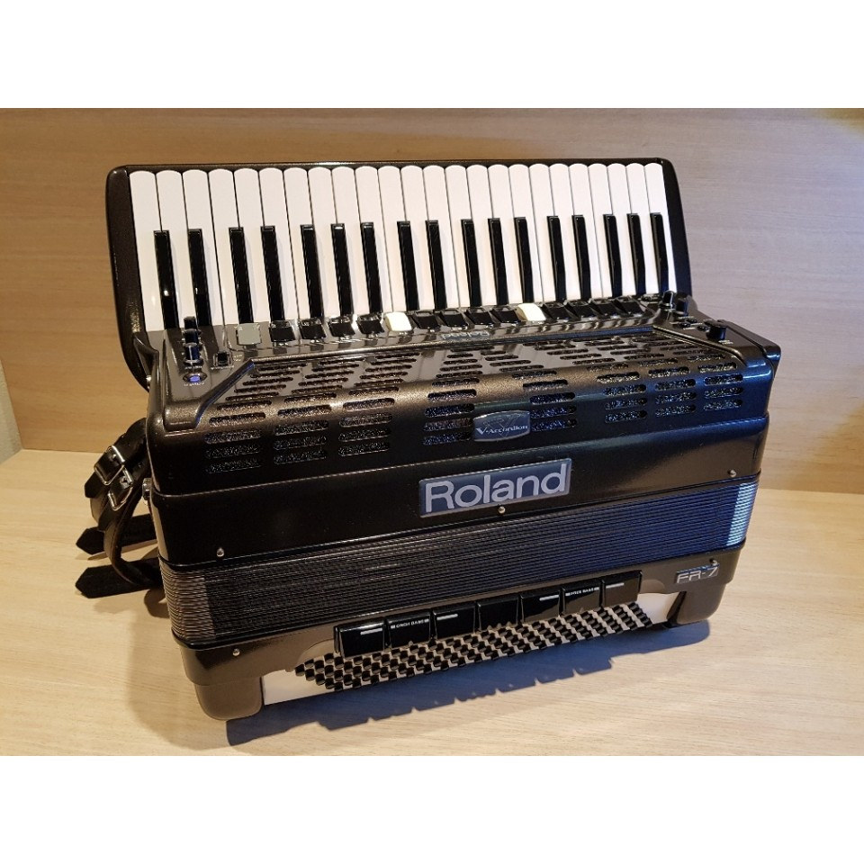 Roland FR-7 BK V-Accordion occasion