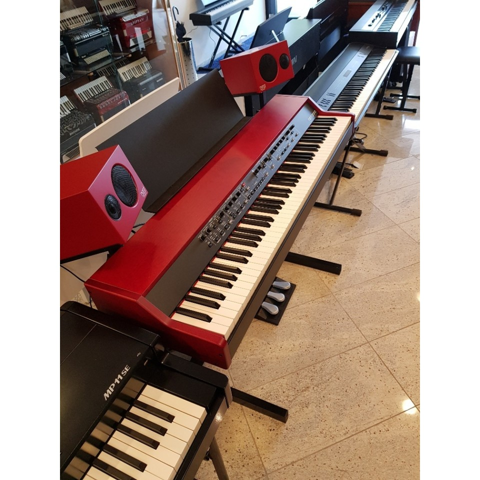 Clavia Nord Grand Demo stage piano + Nord Piano Monitor