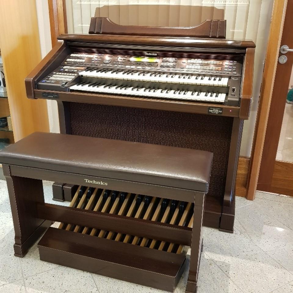 Technics SX-FN3 occasion orgel met volledig pedaal