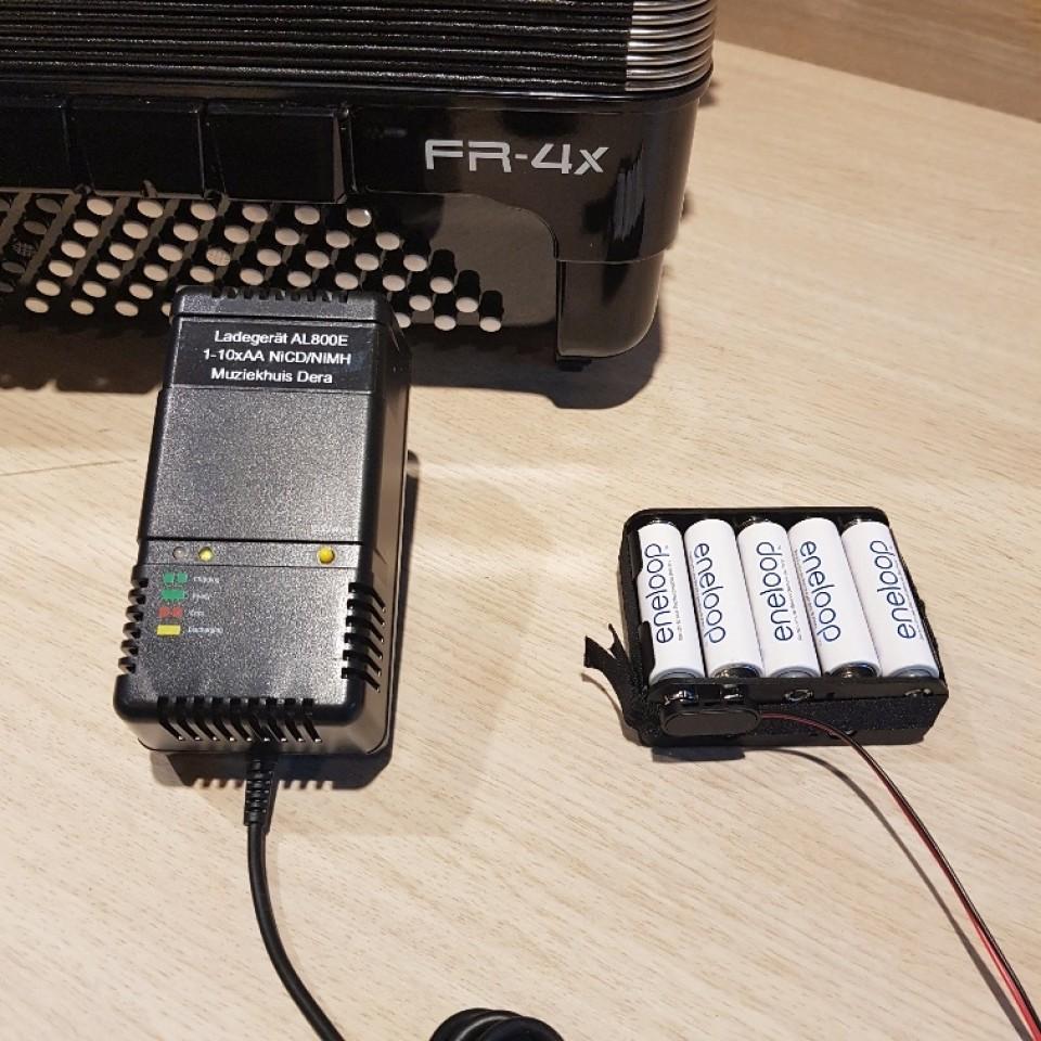 Roland V-Accordion Batterij-lader met batterij-pack voor Roland FR-3X en FR-4X
