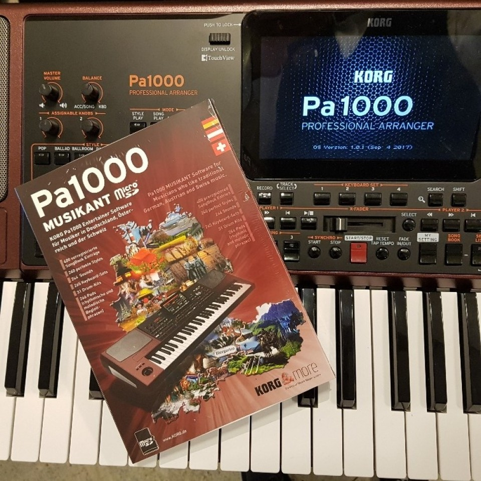 Korg Pa1000 Musikant Professional Arranger Keyboard + Micro-SD