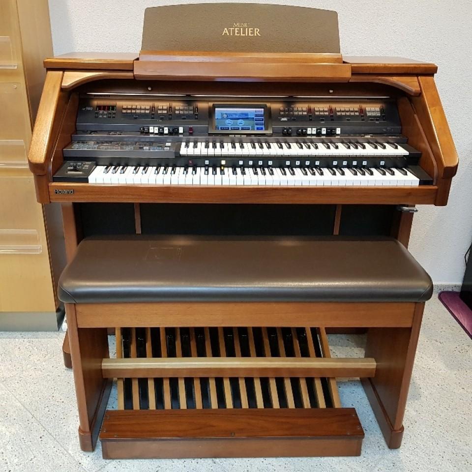 Roland AT-900 Atelier orgel Platinum Edition occasion