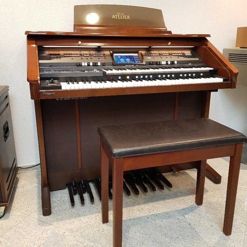 Roland Atelier AT-800 orgel Platinum Edition occasion