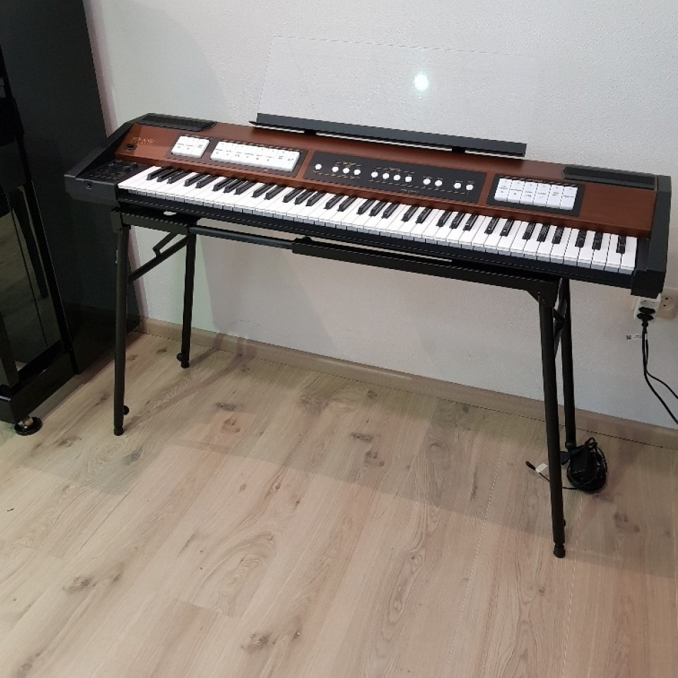 Roland C-200 klassiek keyboard/orgel occasion