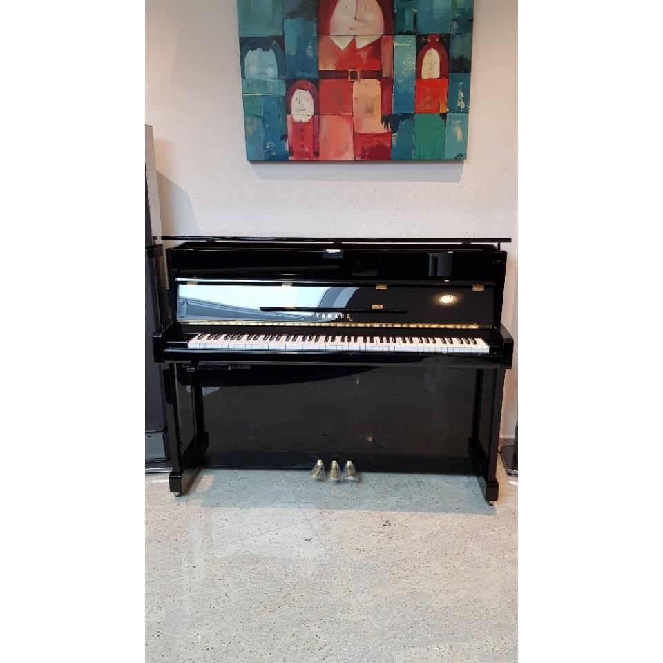 Yamaha b2 SC2 PE silent piano demo