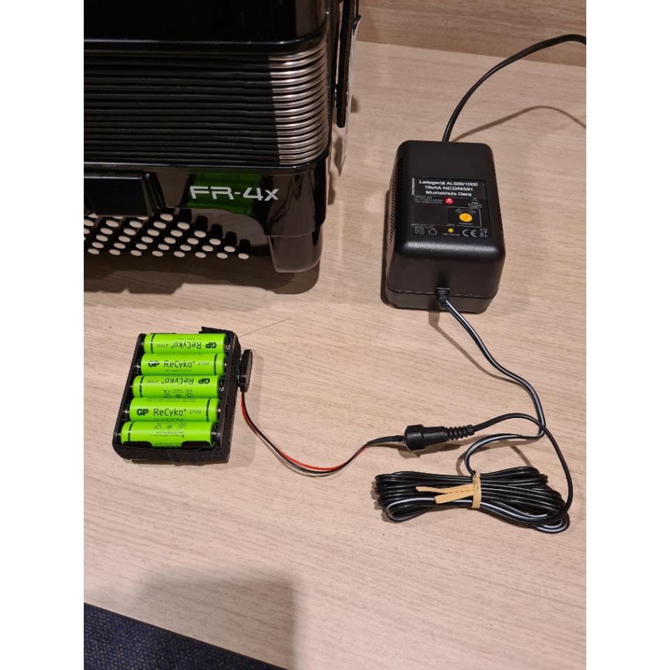Roland V-Accordion Batterij-lader incl. batterij-pack voor Roland FR-3X en FR-4X