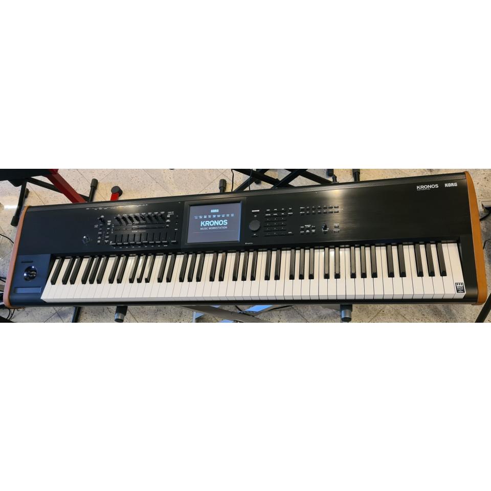 Korg Kronos 88 Synthesizer Music Workstation occasion