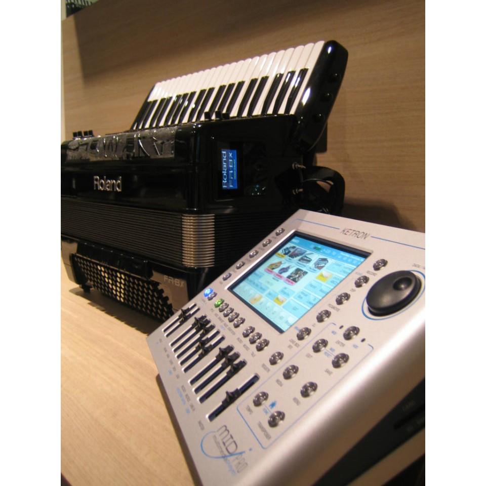 Roland FR-8X & Ketron MidjPro