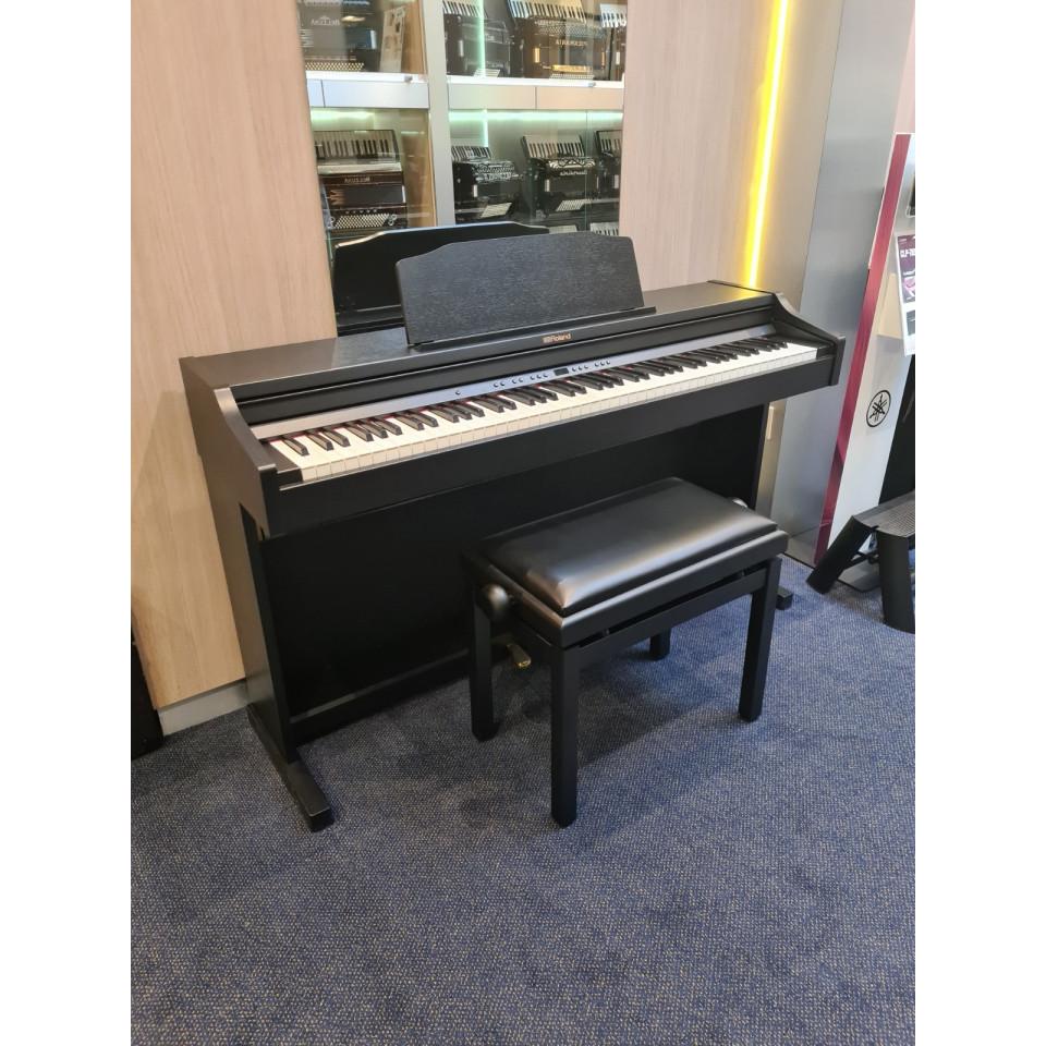 Roland RP501R Black Satin occasion digitale familiepiano