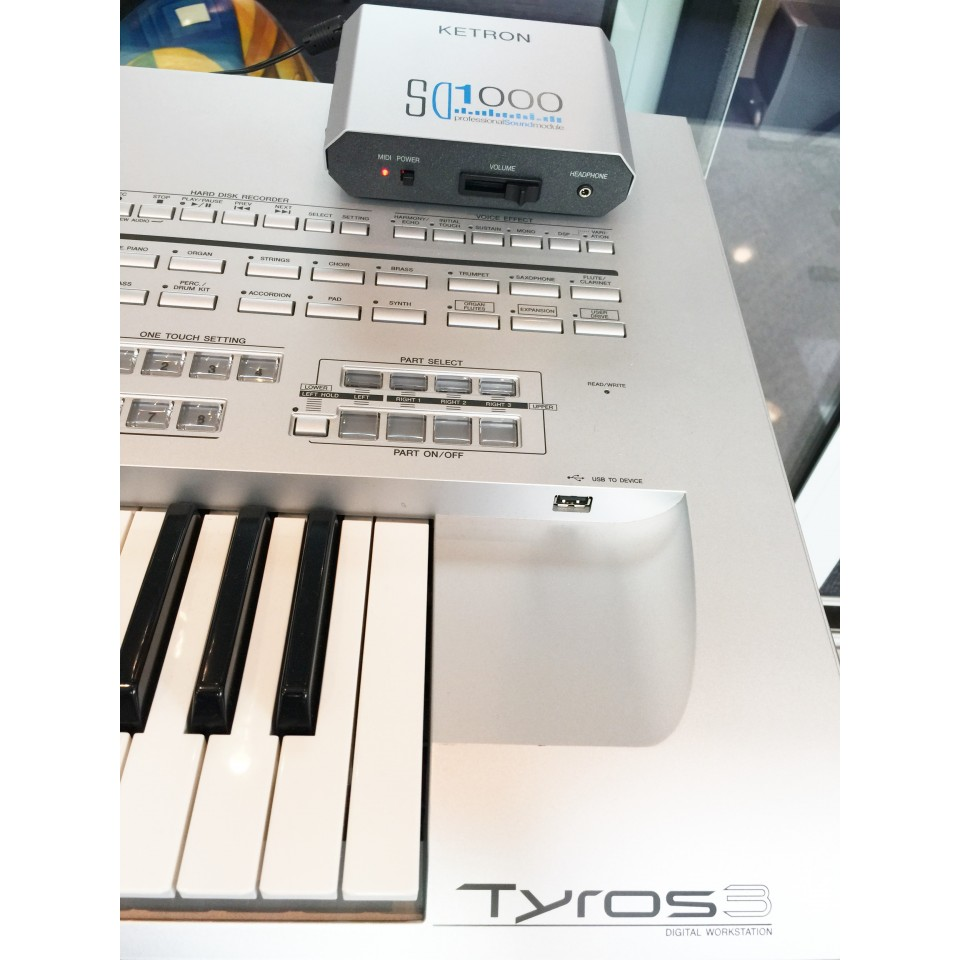 Ketron SD1000 incl. SoundPatch voor Tyros3
